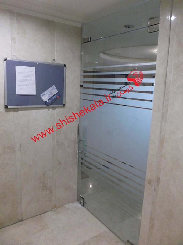 دودبند ساختمانی با درب لولایی شیشه ای