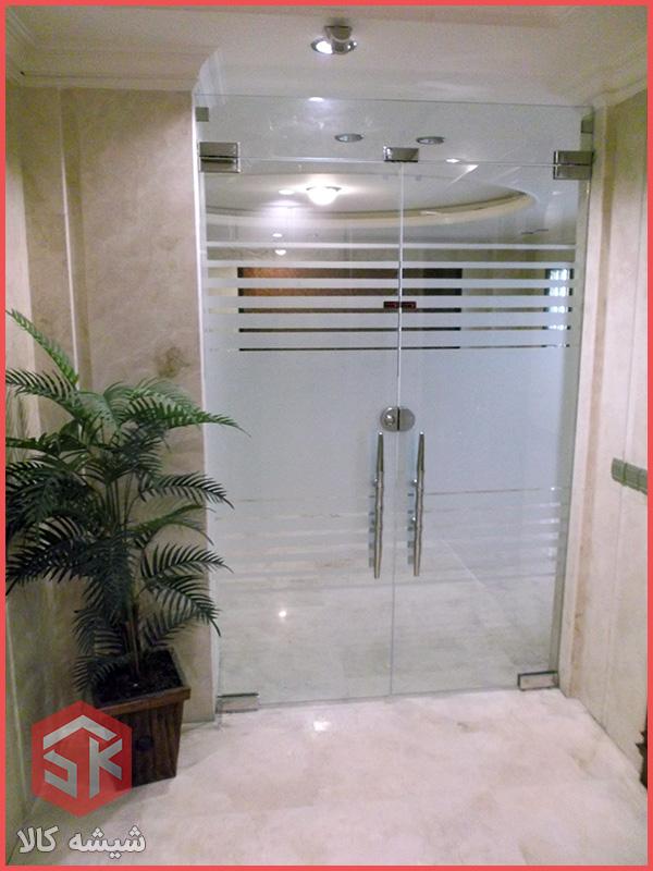 درب شیشه ای طبقات ساختمان